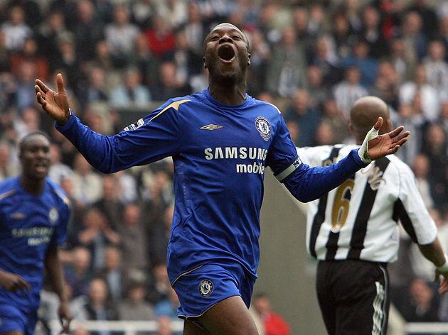 Chelsea's William Gallas celebrates desp
