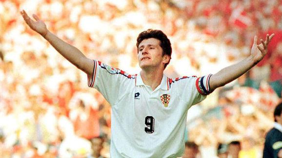 Croatian striker Davor Suker celebrates after scor
