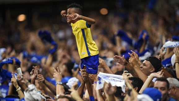 Cruzeiro v Huracan - Copa CONMEBOL Libertadores 2019