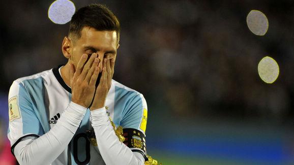 DANTE FERNANDEZ/AFP/Getty Images