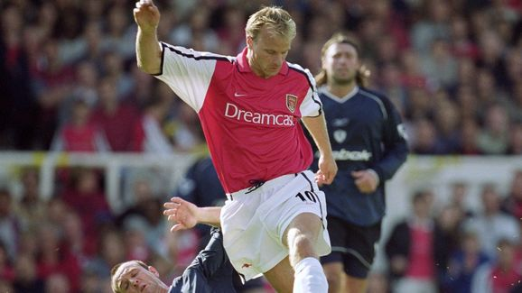 Dennis Bergkamp, Mike Whitlow