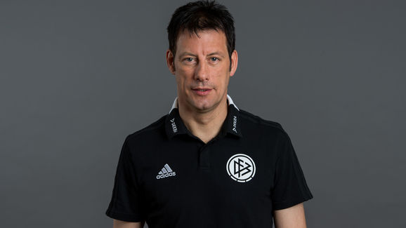 DFB Assistant Referees Portrait Session