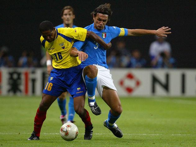 Ecuador's midfielder Cleber Chala (L) an