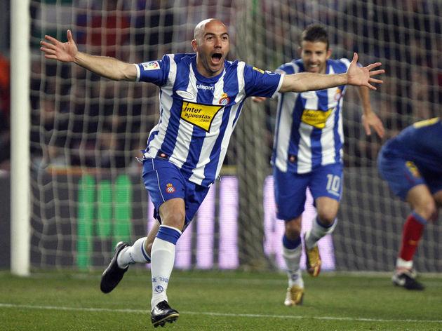 Espanyol´s Ivan De La Pena celebrates af
