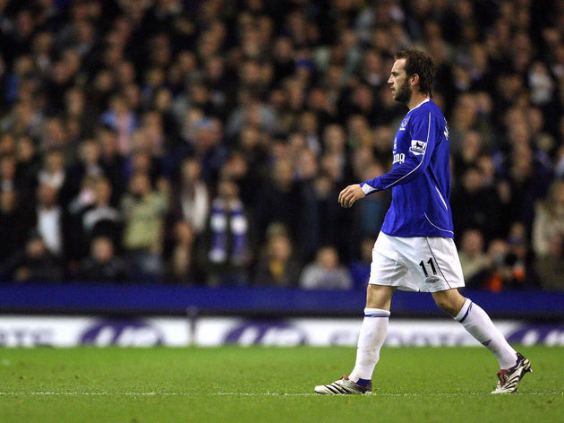Everton's James McFadden is sent off by