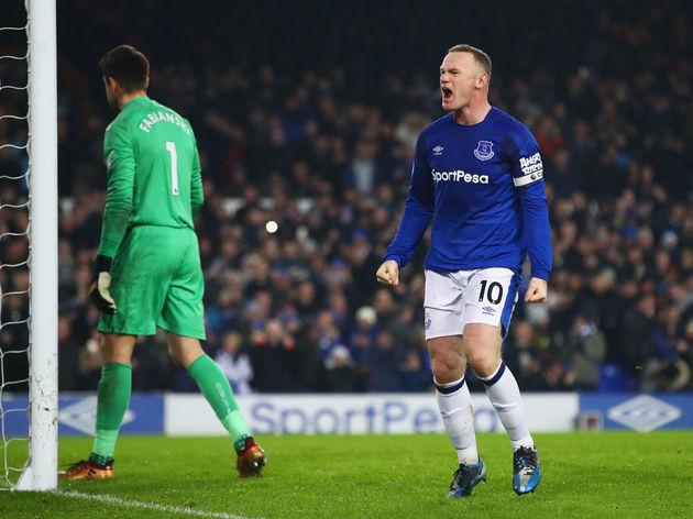 Wayne Rooney,Lukasz Fabianski