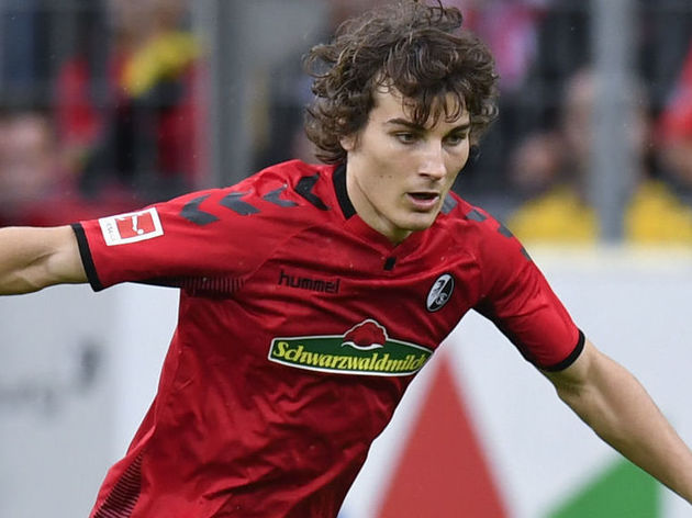 Leicester Confirm Agreement to Sign Turkish Defender Caglar Soyuncu From Freiburg