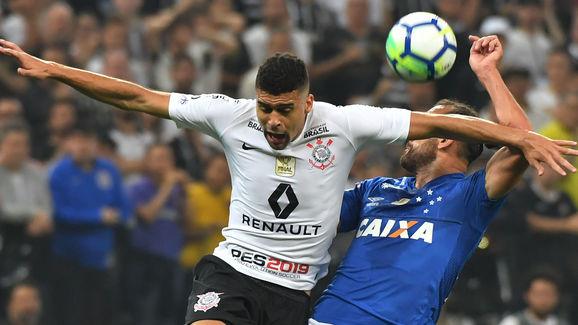 FBL-BRAZIL-CORINTHIANS-CRUZEIRO
