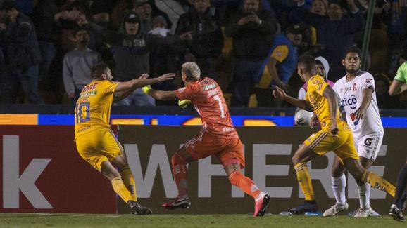 FBL-CONCACAF-TIGRES-ALIANZA