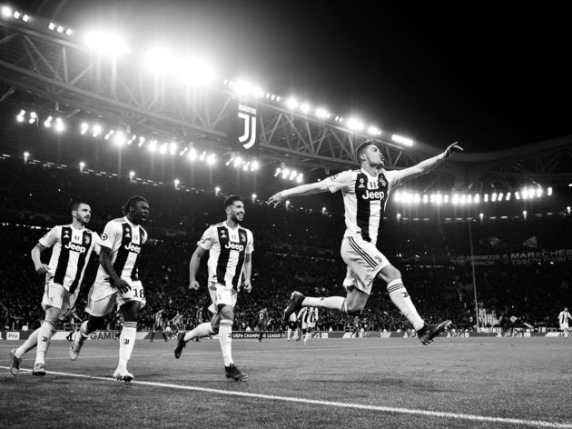 FBL-EUR-C1-JUVENTUS-ATLETICO-BLACK AND WHITE