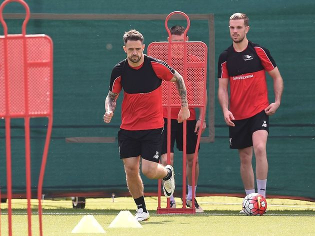 FBL-EUR-C3-LIVERPOOL-TRAINING