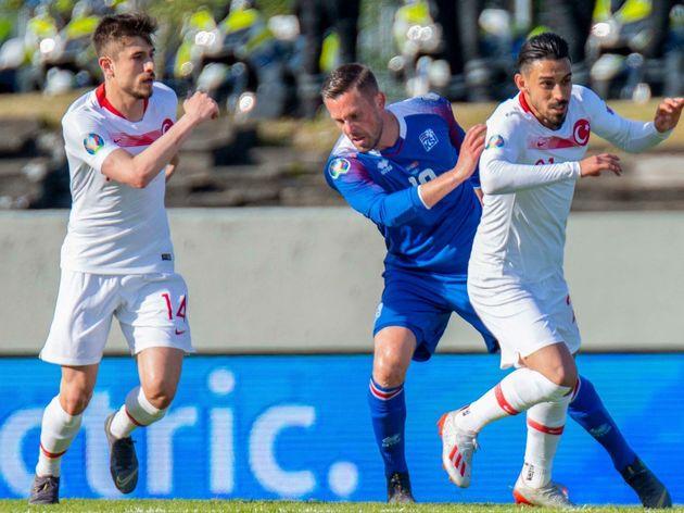 FBL-EURO-2020-QUALIFIER-ISL-TUR