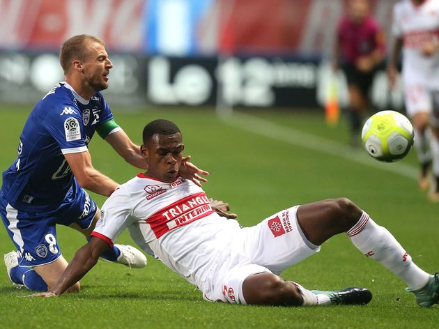 FBL-FRA-LIGUE1-TROYES-TOULOUSE