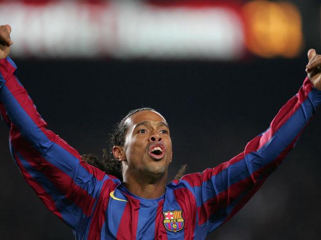 FC Barcelona's Brazilian Ronaldinho cele
