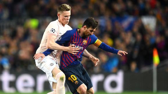 Lionel Messi,Scott McTominay