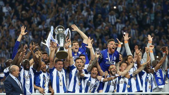 FC Porto v CD Feirense - Primeira Liga