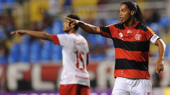 Flamengo's Ronaldinho Gaucho gestures du