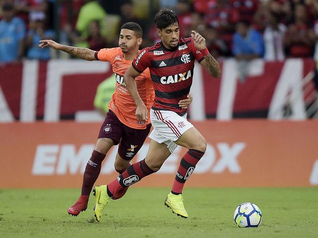 Lucas Paqueta,Diego