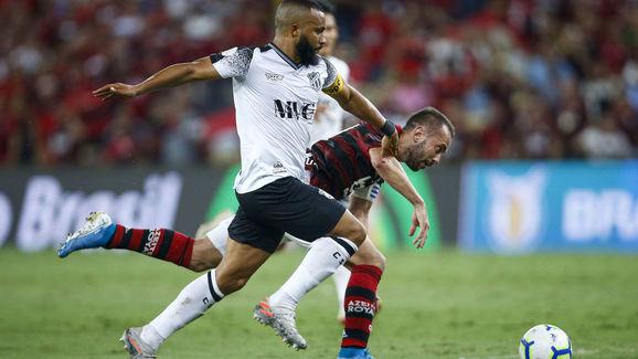 Samuel Xavier,Everton Ribeiro