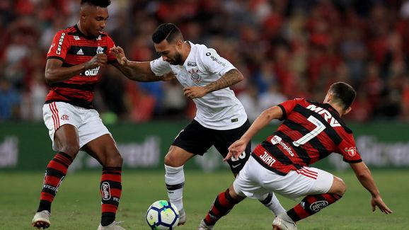 Clayson,Everton Ribeiro,Vitinho