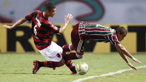 Flamengo v Fluminense - Rio de Janeiro State Championship 2011