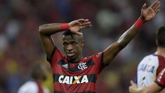 Flamengo v Parana - Brasileirao Series A 2018
