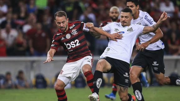 Everton Ribeiro,Alison