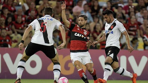 Flamengo v Vasco da Gama - Brasileirao Series A 2017