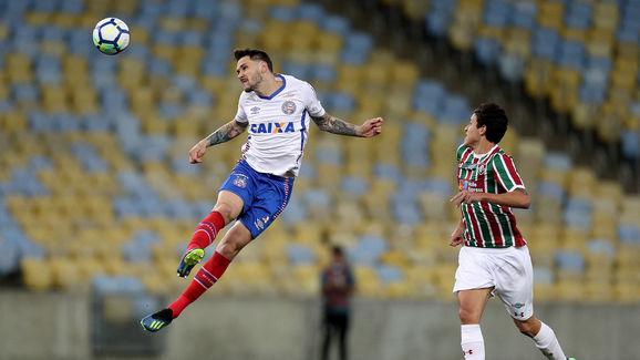 Lucas Fonseca,Pedro