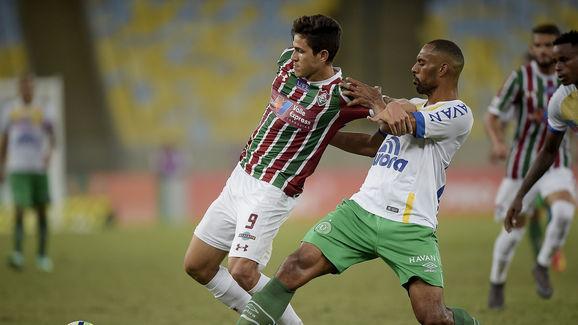 Douglas,Pedro Santos