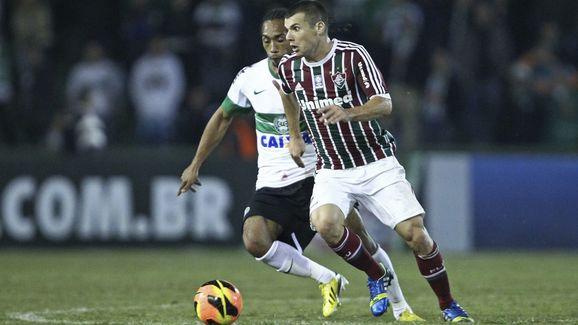 Everton Costa,Wagner