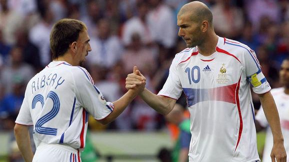 French midfielder Zinedine Zidane (R) sh