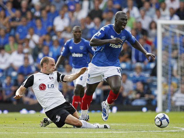 Fulham's English midfielder Danny Murphy