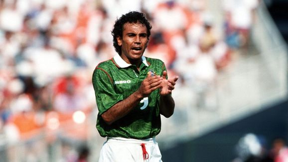 Fussball: WM 1994 in den USA, NOR - MEX 1:0