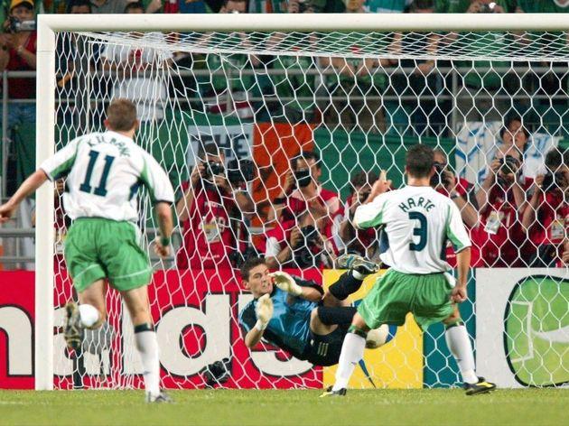 FUSSBALL: WM 2002 in JAPAN und KOREA, ESP - IRL4:3 n.E.