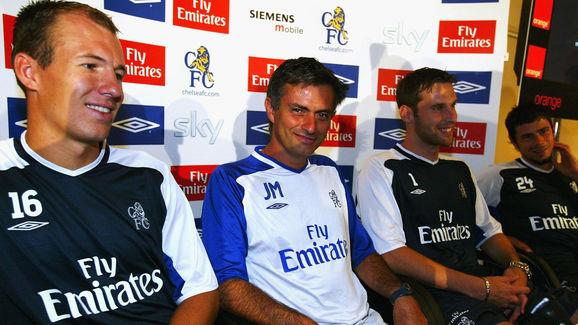 Jose Mourinho,Arjan Robben,Petr Cech,Mateja Kezman