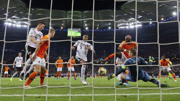 Jonathan Tah,Manuel Neuer