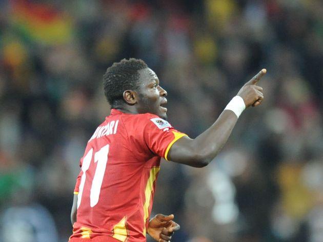 Ghana's midfielder Sulley Muntari celebr