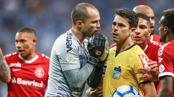 Marcelo Lomba,Flavio Rodrigues de Souza