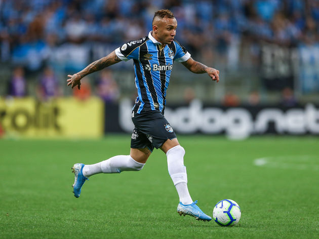 Everton Not Considering Gremio S Everton Soares Despite Alleged Carlo Ancelotti Contact 90min