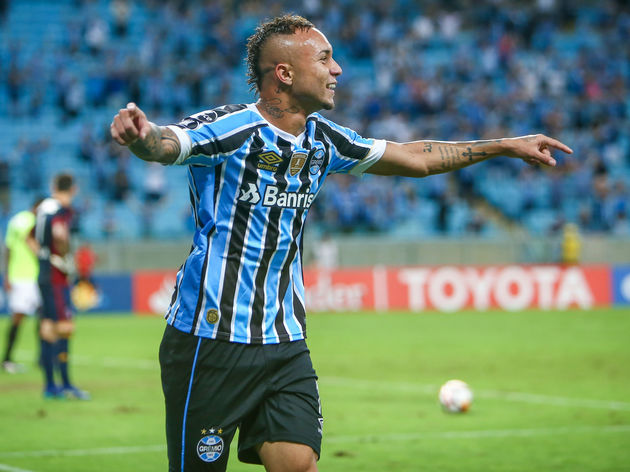 Gremio Set Price Tag For Winger Everton Soares Amid Interest From Ac Milan 90min