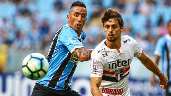 Gremio v Sao Paulo - Brasileirao Series A 2017