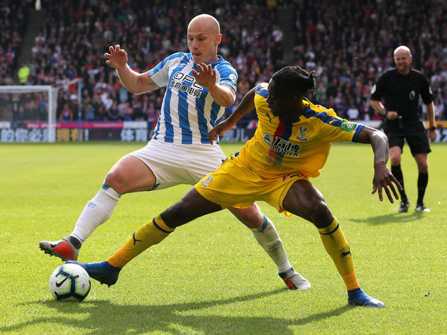 Huddersfield Town v Crystal Palace - Premier League