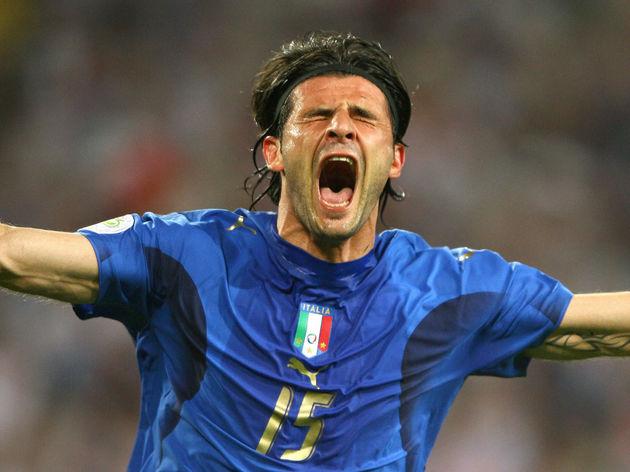 Italian forward Vincenzo Iaquinta celebr