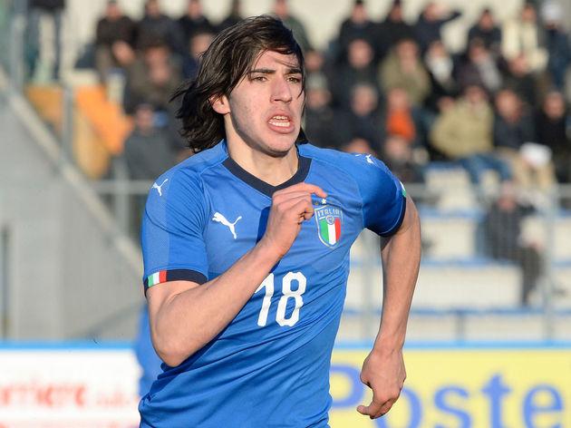 Italy v Greece - Elite Round U19