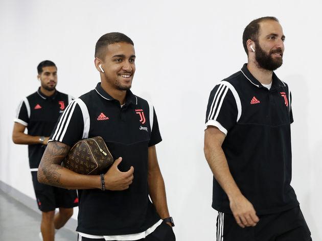 Matheus Pereira,Gonzalo Higuaín
