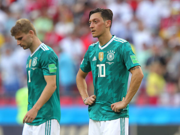 'Crap for Years': Bayern President Slams Mesut Ozil After Star's International Retirement