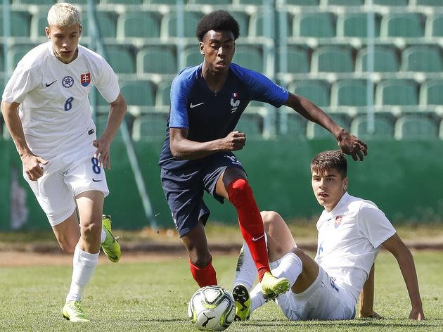 France U17 v Slovakia U17 - UEFA U17 Elite Round
