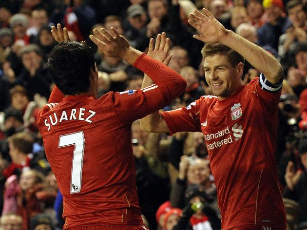 Liverpool's Steven Gerrard (R) celebrate