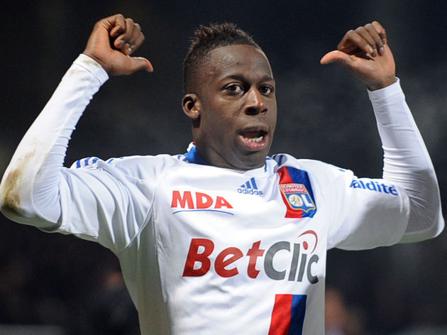 Lyon's French defender Aly Cissokho cele